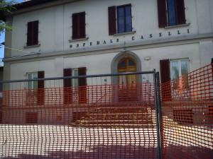 """Il """"Caselli"""" transennato"""