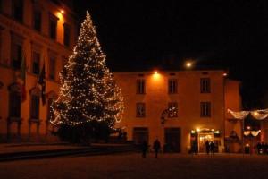 L'albero di Natale in piazza Duomo
