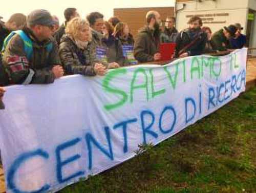 PADULE, 5 STELLE A FAVORE DEL CENTRO DI RICERCA E CONTRO L'INGERENZA DELLA POLITICA