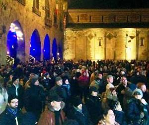 Piazza del Duomo, in tanti per il brindisi di mezzanotte