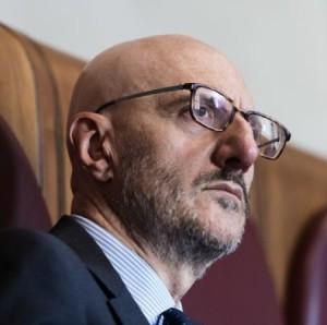«Vir Romanus Sum». Caius Franciscus, Minister tagliorum ad inceppandas postas.