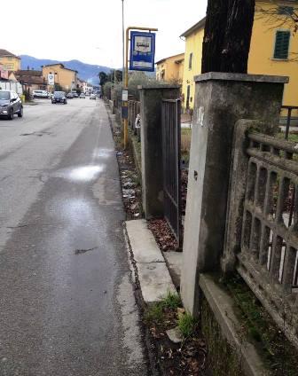 CENTRO IMPIEGO DI VIGNOLE, MURO PERICOLANTE