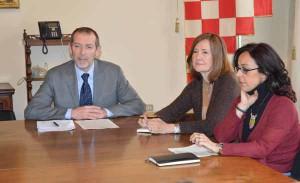 Angelo Ferrario, responsabile della comunicazione e della partecipazione del Comune di Pistoia, e le due consulenti esterne, l'architetto Chiara Luisa Pignaris e l'architetto Maria Rosaria Tartarico