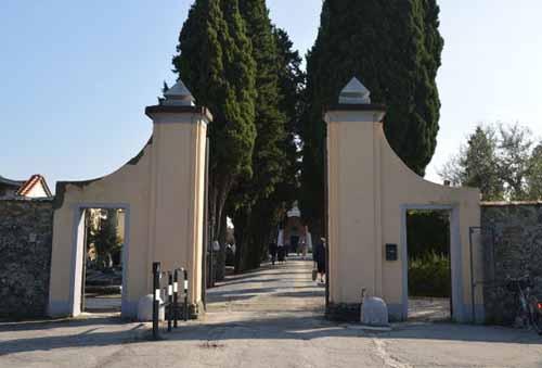 cimiteri. DA OGGI LA RIAPERTURA SUL TERRITORIO COMUNALE