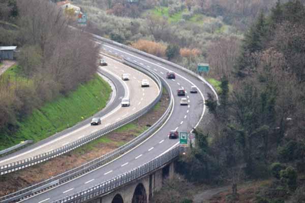 ampliamento autostrada. FDI, UN PROGETTO MERITEVOLE