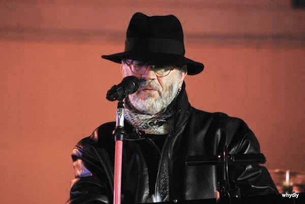 "AL SANTOMATO LIVE ""IL LUPO"" CANTA I NOMADI"