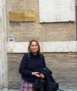 Beatrice Chelli davanti al Ministero