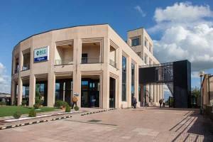 La sede centrale della Bcc a Vignole