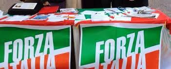 REGIONALI, GAZEBO DI 'FORZA ITALIA' IN PIAZZA RISORGIMENTO