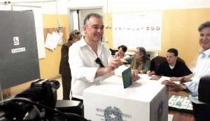 Ieri, 31 maggio, al seggio, S.E. il Granduca si è rivotato per altri cinque anni...