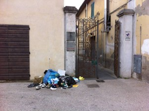 Rifiuti selvaggi in San Bartolomeo