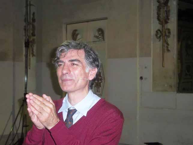 """ITALIANESI"": UNA STORIA IGNOBILE, UNA FIABA STRUGGENTE"