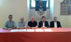 Il sindaco di Poggio a Caiano con gli organizzatori della giornata della prevenzione