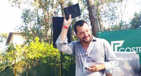 SALVINI: «UN'ITALIA DESTINATA A SCHIANTARE»