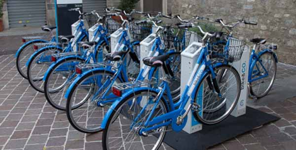 BIKE SHARING, SI COMINCIA