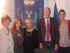Nelle foto l'assessore Gori (sinistra) con il sindaco di Montale e le assessore di Pistoia, Agliana, Quarrata