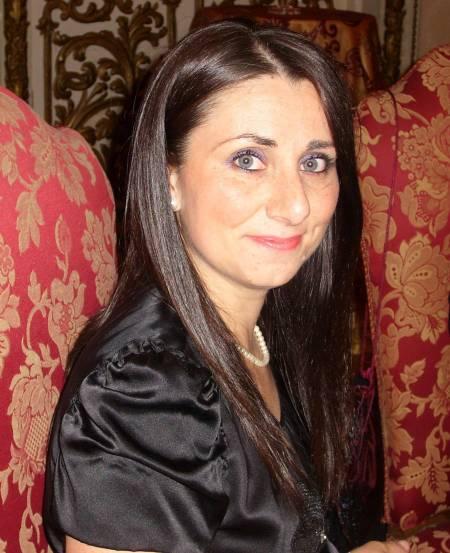 ALESSANDRA ROSPIGLIOSI, OCCHI NERI E CHIOMA DORATA