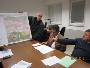 Giacomo De Lucia presenta il documento di Arpat sulle ricadute dell'inceneritore allo staffa del Dip. Prevenzione di Asl 4, Prato.