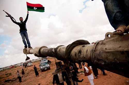 «NO ALLA GUERRA CONTRO LA LIBIA. MOBILITIAMOCI»