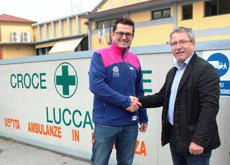 """""""SCA ITALIA"""" DONA PRODOTTI ALLA CROCE VERDE DI LUCCA"""