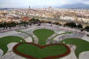 Il giglio della Tesi Group a Piazzale Michelangelo