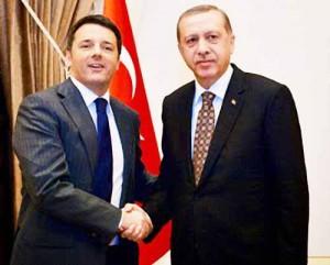 Renzi-Erdogan: «Io? Voglio essere come questo omìno qui!»