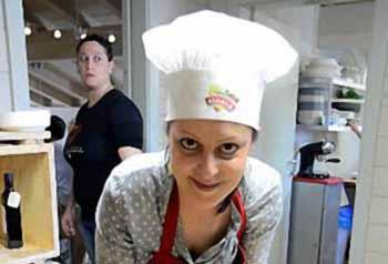 cucina. CON SARA UN PO' DI PISTOIA A CANALE 5