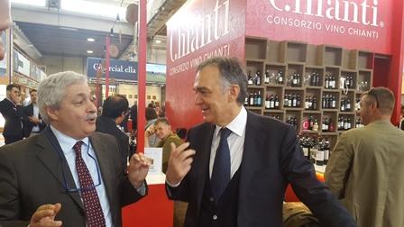 vinitaly. GRANDE SUCCESSO ALLO STAND DEL CONSORZIO VINO CHIANTI