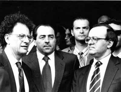 """libertà di stampa. GIORNALISTI, POVERI """"CANI DA GUARDIA DEL POTERE""""!"""