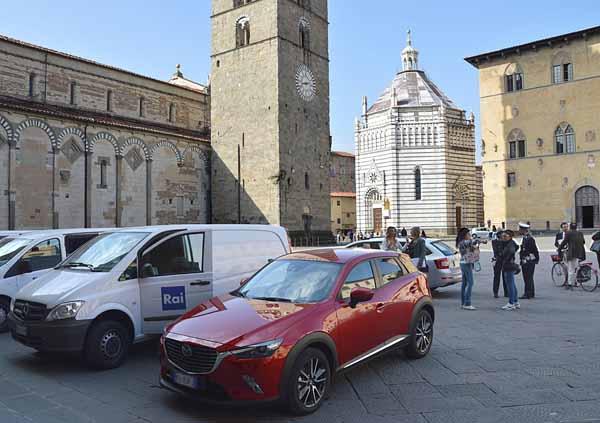 """IN CITTÀ LA TROUPE DI RAI 1 """"EASY DRIVER"""""""