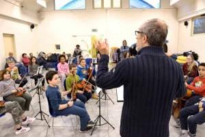 Il laboratorio Orchestra sociale [ S. Poggialini]