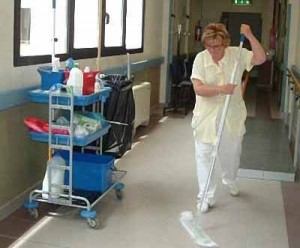 Pulizie in ospedale [repertorio]