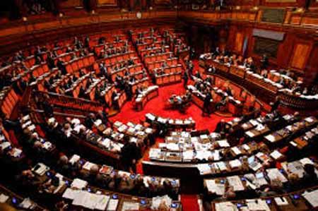 RIFONDAZIONE COMUNISTA: «PUNIRE L'ASSENTEISMO DEI POLITICI»