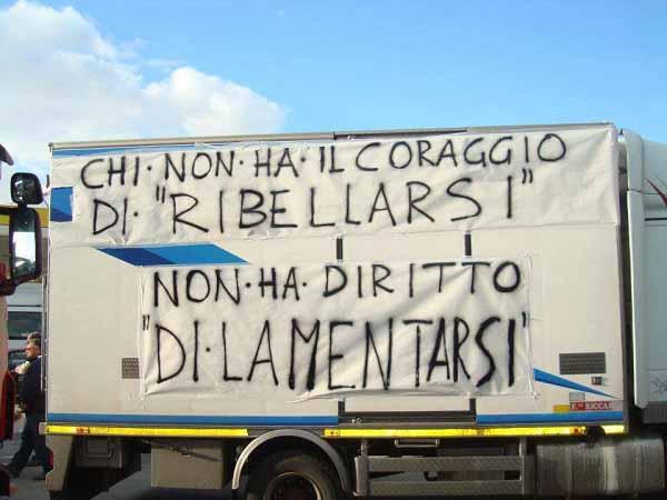 """#unvisifafare. """"DALLE PERIFERIE DI NAPOLI A QUELLE DI FIRENZE"""""""
