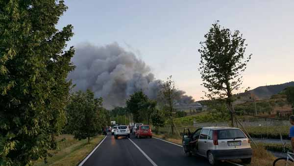 incendio del cassero. ECCO I MATERIALI STOCCATI IN DISCARICA