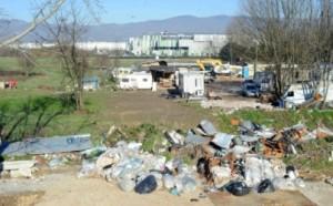 discarica del campo rom dietro il San Jacopo