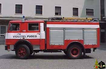 INCENDIO VEICOLO PESANTE SULL'A11