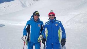 Il maestro di sci Paolo De Luca con il pluricampione Gustav Thoeni