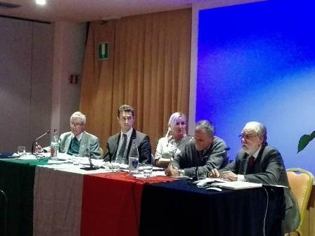 """montecatini. IN DUECENTO AL DIBATTITO SU """"LE RAGIONI DEL NO"""""""
