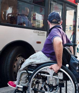 montemurlo-disabili. IL COMUNE ADEGUA LE FERMATE DEL BUS