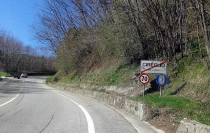 SR 66, CATTIVA MANUTENZIONE E ERBA ALTA