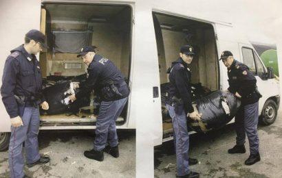 polizia. SMALTIMENTO RIFIUTI TESSILI, DENUNCIATI DUE MAROCCHINI