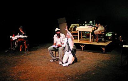 """teatro. IN PRIMA NAZIONALE """"TERRE NOIRE"""""""