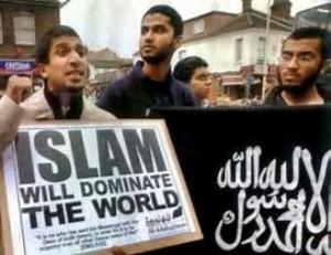 intervista all'imam di pistoia. CONDANNA IL TERRORISMO, MA IL CORANO HA CONTENUTI MOLTO VIOLENTI