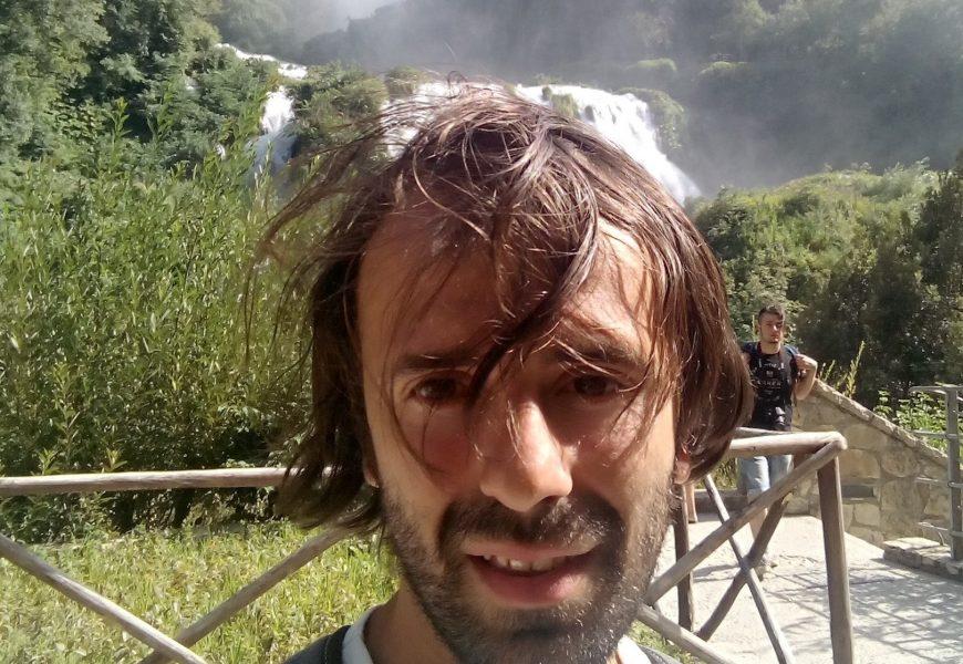 "musica. EROS PANDI, PISTOIESE DI SUCCESSO CON ""HIT MANIA ESTATE 2017"""