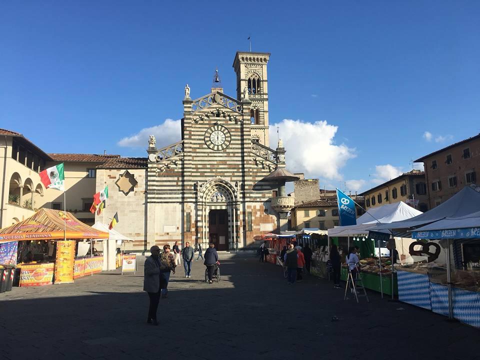 Prato fino a domenica mercato europeo in piazza duomo for Mercato prato
