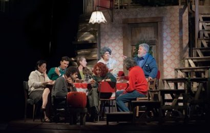 """teatro nazionale. SOLD OUR PER """"PARENTI SERPENTI"""" CON LELLO ARENA"""