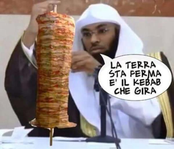ordinanza anti-fast food. MEGLIO MCDONAL'S DEI KEBABBARI