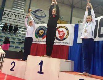 ginnastica ritmica. SOFIA GORI (ASD CORALLO) SI LAUREA CAMPIONESSA INTERREGIONALE DI SPECIALITÀ GOLD JUNIOR