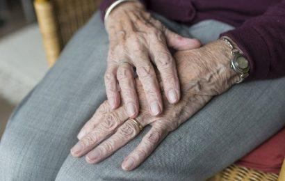 RSA: VIETATE LE VISITE DEI FAMILIARI FINO AL TERMINE DELLA EMERGENZA SANITARIA
